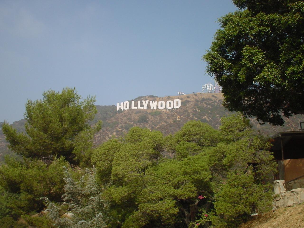 ロスです。とってもよくハリウッドサインが見える穴場を知っています! 行って見たい方はメールをください 行き方教えます